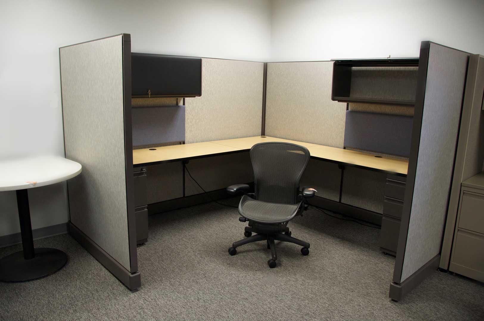 contemporary cubicle desk home desk design. Simple Desk Office Workstations And Cubicles On Contemporary Cubicle Desk Home Design