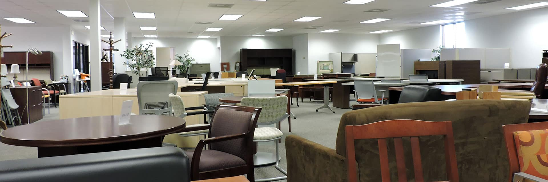 Used office furniture showroom in Richmond VA