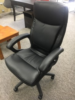 Valvoda Soft Back Conference Chair