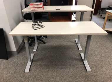 Light Gray Height Adjustable Training Table