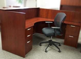 Used office desk in Richmond VA